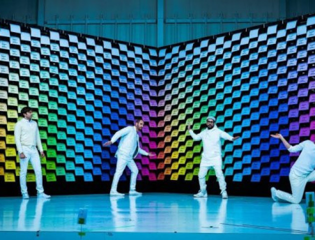 Гурт «OK Go» зняв новий вражаючий кліп за допомогою 567 принтерів