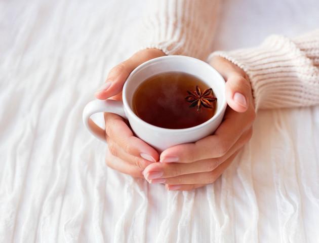 Чотири причини розпочати ранок з чаю