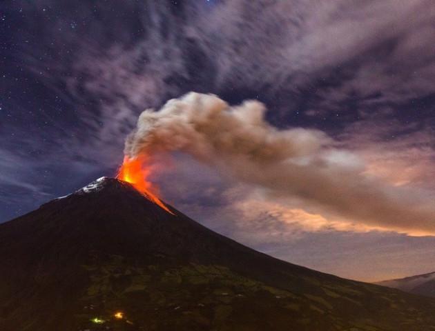 До скасування авіарейсів на Балі призвело виверження вулкана