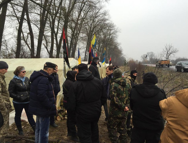 Волиняни блокують контрабандну торгівлю підприємства пов'язаного з Медведчуком