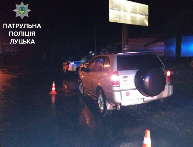 У Луцьку за ніч трапилося дві аварії