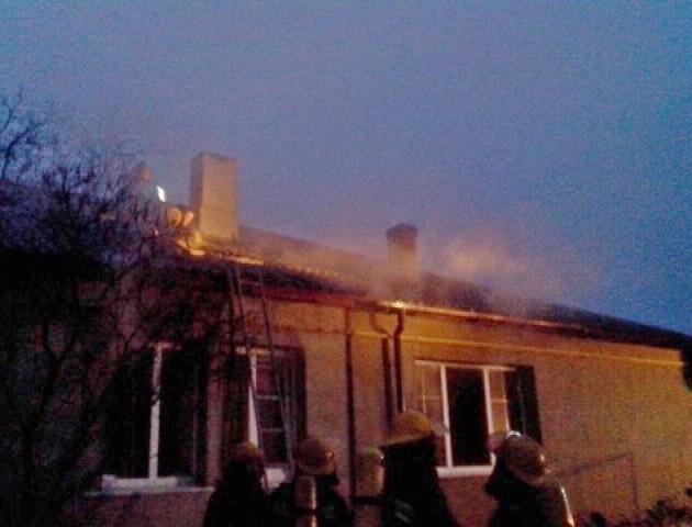На Волині через коротке замикання загорілася квартира