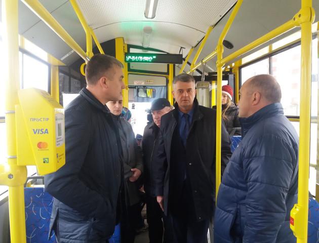 У сумських тролейбусах тепер можна платити картками