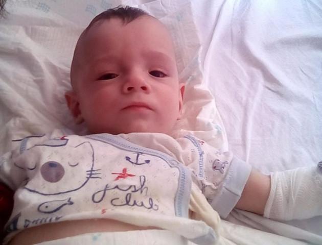 Волинян просять допомогти врятувати життя восьмимісячному Богданчику