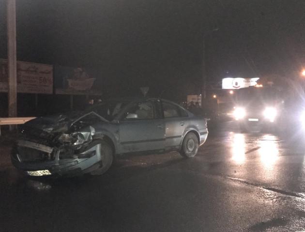 У Струмівці ДТП: авто залишилось майже без капота