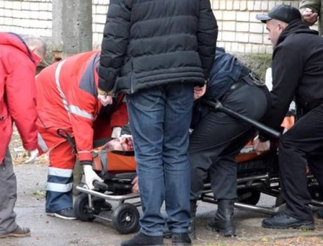 У Нікопольському суді підірвали гранату, є жертви
