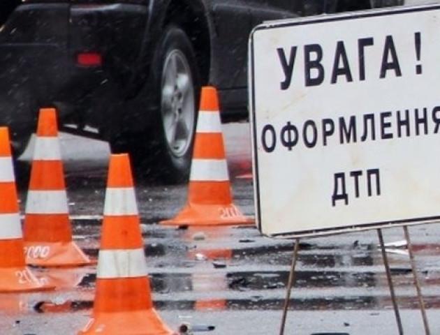 У Луцьку поблизу ОДА маршрутка збила пішохода