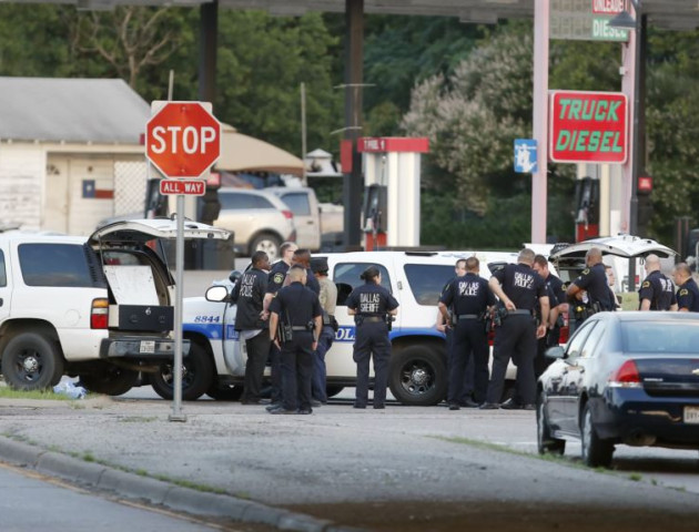 У Техасі невідомий відкрив стрілянину в церкві, 27 загиблих