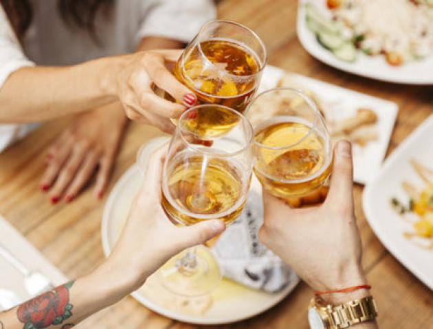 Чотири ознаки, що у вас алергія на алкоголь