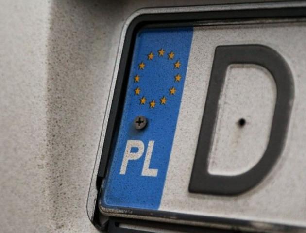 В Одесі власниці авто на «євробляхах» виписали штраф у три мільйони гривень. ВІДЕО