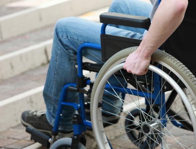 90% будівель не пристосовані до потреб людей з інвалідністю – міністр соцполітики