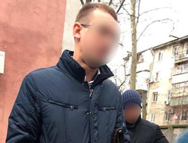 В Одесі поліцейські викрали 120 тисяч доларів