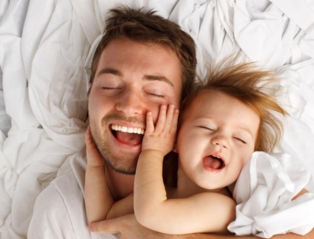 У якій країні татусі проводять з дітьми більше часу, ніж мами – дослідження