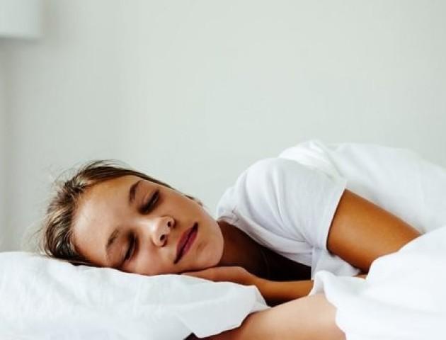 Чим небезпечне недосипання для підлітків