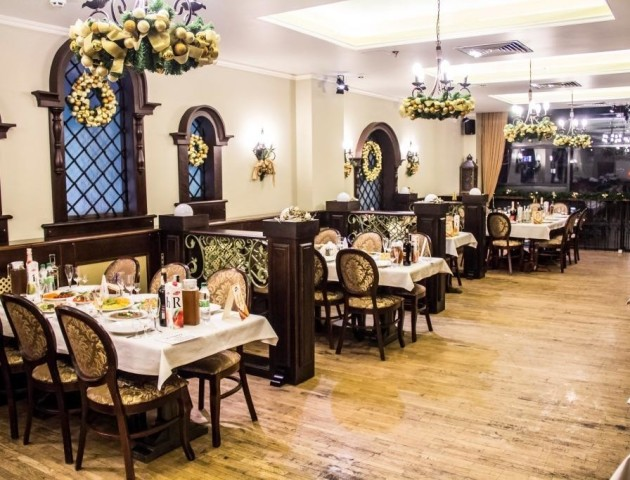 Ресторація «Брама» запрошує на новорічні корпоративи