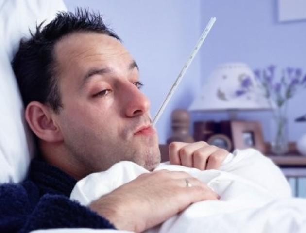Чи справді чоловіки важче переносять застуду: відповідь науковця