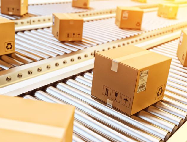 Ринок поштових послуг просить Порошенка ветувати закон про посилки