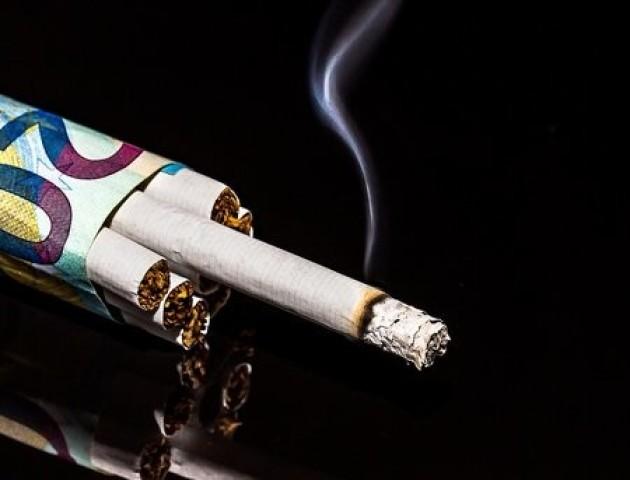 Сигарети в Україні подорожчають: чого очікувати курцям