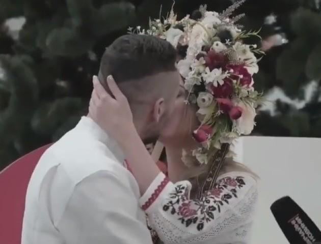 Перша реєстрація шлюбу за добу в аеропорту «Бориспіль».  ВІДЕО
