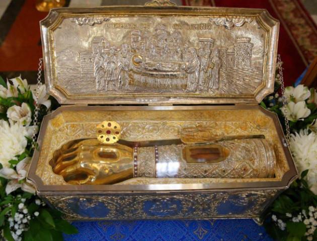 У Зимненський монастир привезуть мощі святого великомученика Димитрія Солунського