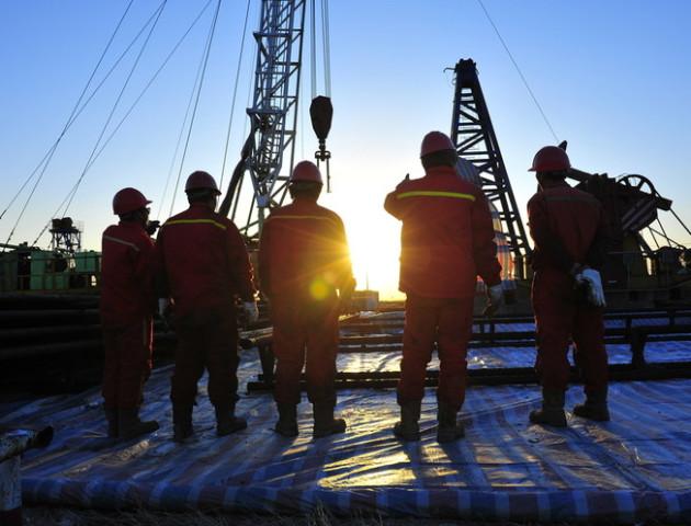 Величезне родовище нафти виявлено в Китаї
