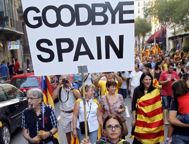 Каталонці проголосували за депутатів, що відстоюють незалежність. ВІДЕО