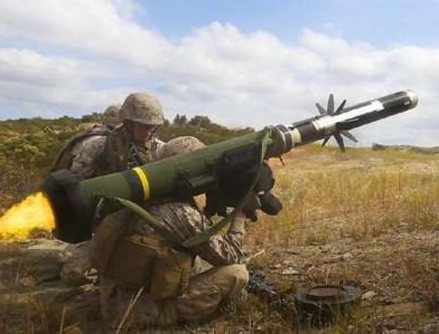 """У Росії заявили, що рішення США про озброєння для України загрожує """"зривом"""""""