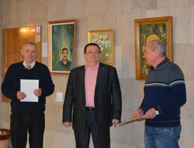 В облраді виставка робіт митців з Рожищенського району
