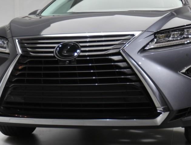 Податок на розкіш: власники дорогих авто сплатили понад 200 мільйонів податку