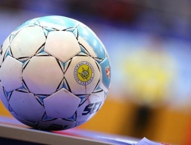 Зірки українського футболу взяли участь в турнірі з футзалу у Луцьку. ВІДЕО
