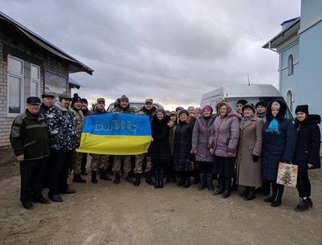 З нагоди різдвяних свят волинські капелани відвідали Донбас. ФОТО