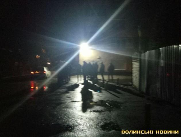 Масова бійка у Луцьку: більше десяти відвідувачів «Кораблика» побилися посеред ночі