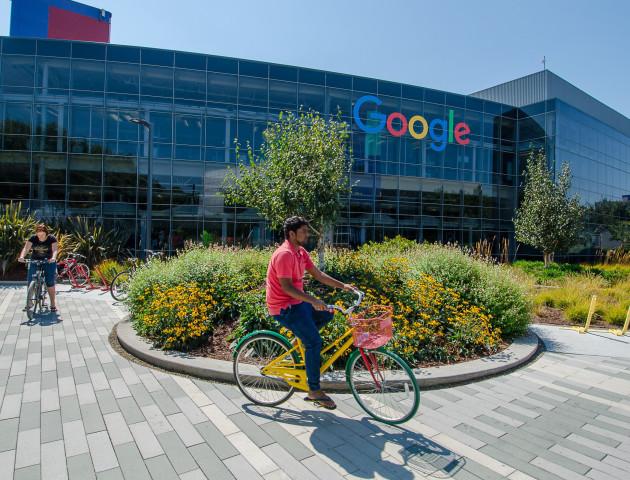 Google назвали найкращим місцем для роботи у 2017 році