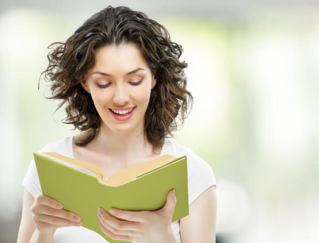 Психологи пояснили, як читання вголос допомагає покращує запам'ятовування