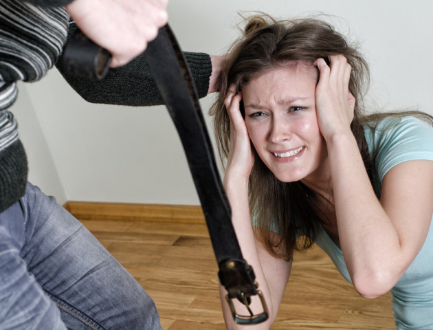 Рада ухвалила закон проти домашнього насильства