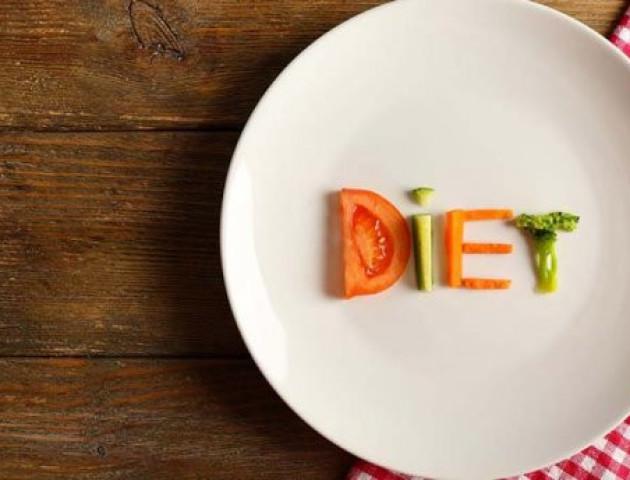 Чому люди, які сидять на дієті, стають дратівливими: відповідь вчених