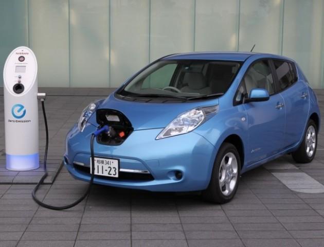 Електрокари подешевшають: Рада дозволила ввозити авто без сплати ПДВ і акцизу
