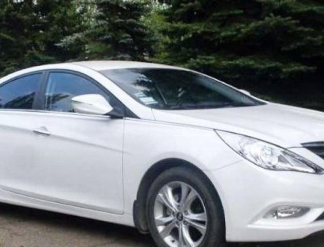Луцькі поліцейські шукають білу «Hyundai Sonata», яка збила хлопця