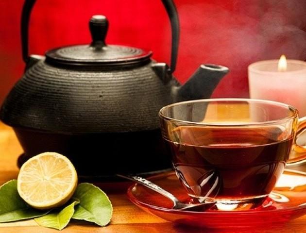 Який чай випити, щоб заспокоїтись та схуднути
