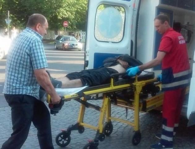 У луцькій маршрутці пасажиру розбили голову
