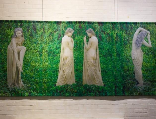 Художники з усієї країни привезли до Луцька еротичні картини