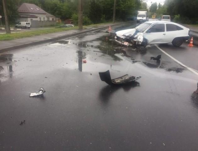 ДТП у Луцьку: зіткнулися два легковики