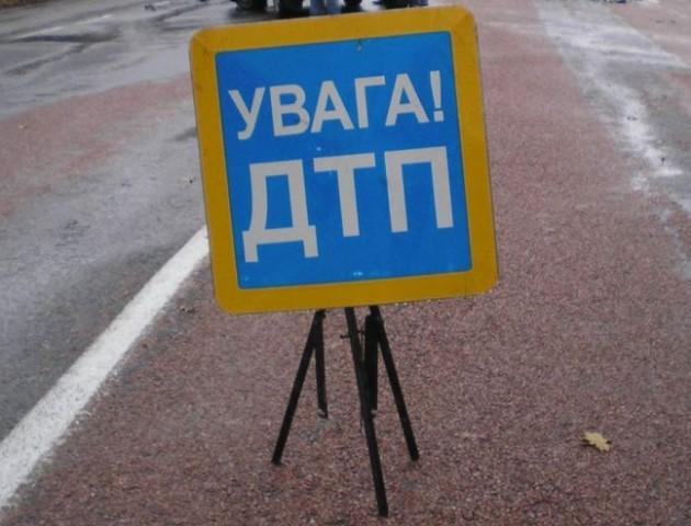 У Володимирі авто збило жінку, яка перебігала дорогу