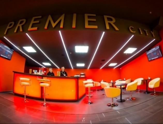 У «Premier City» - тихий сеанс мультика «Тачки 3»*