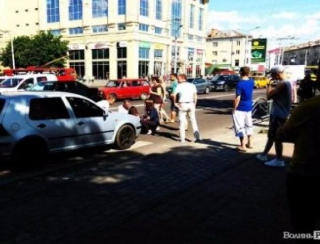 Водій автівки, яка збила в центрі Луцька дівчину, їздив без прав