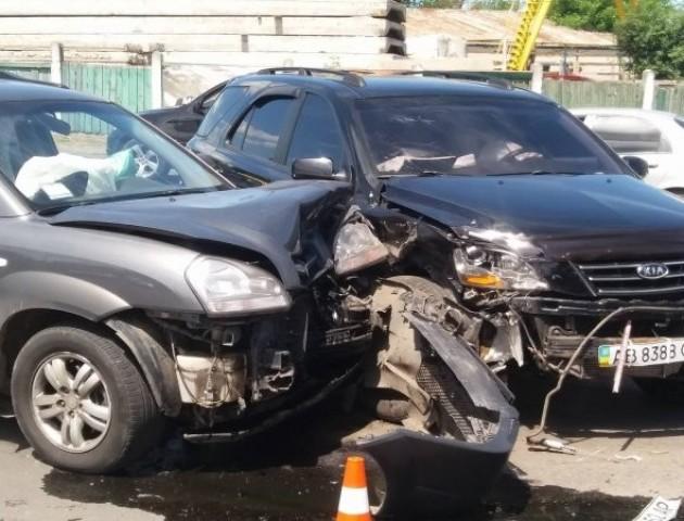 ДТП у Луцьку: зіткнулися два позашляховики