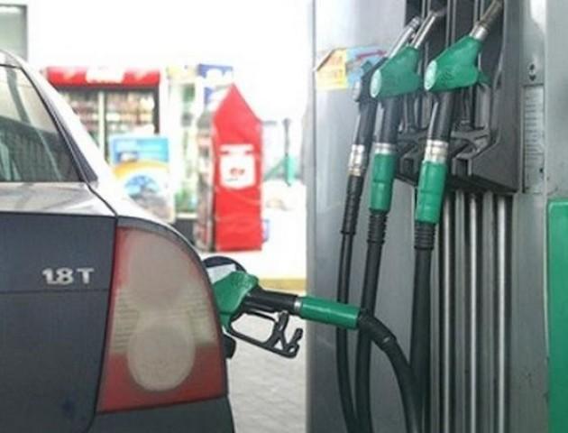 У Володимирі з підпільної АЗС вилучили 20 тисяч пального