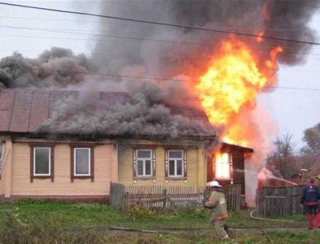 Через замикання телевізора на Волині загорівся житловий будинок