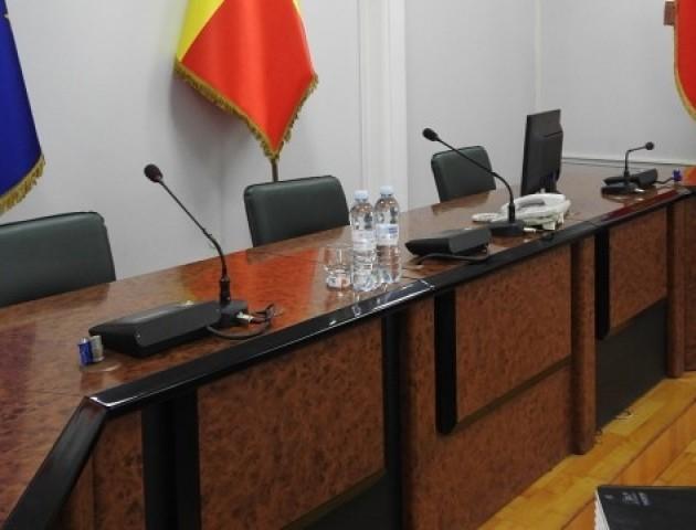 На позачерговій сесії Луцькради вирішуватимуть долю секретаря Вусенко