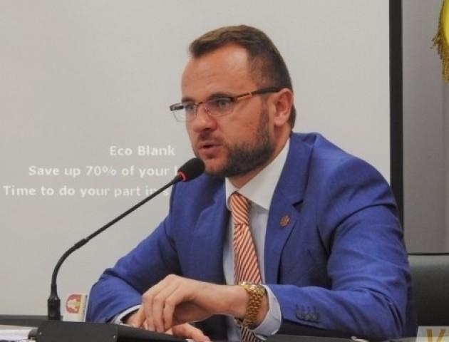 """""""Без візу"""" у Луцьку не бути: Поліщук назвав соціальну рекламу безвізу безглуздою"""